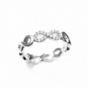 Pierścionek srebrny zsymbolem nieskończoności icyrkoniami r.12